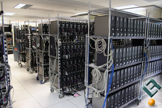 pusat-data---data-center.jpg